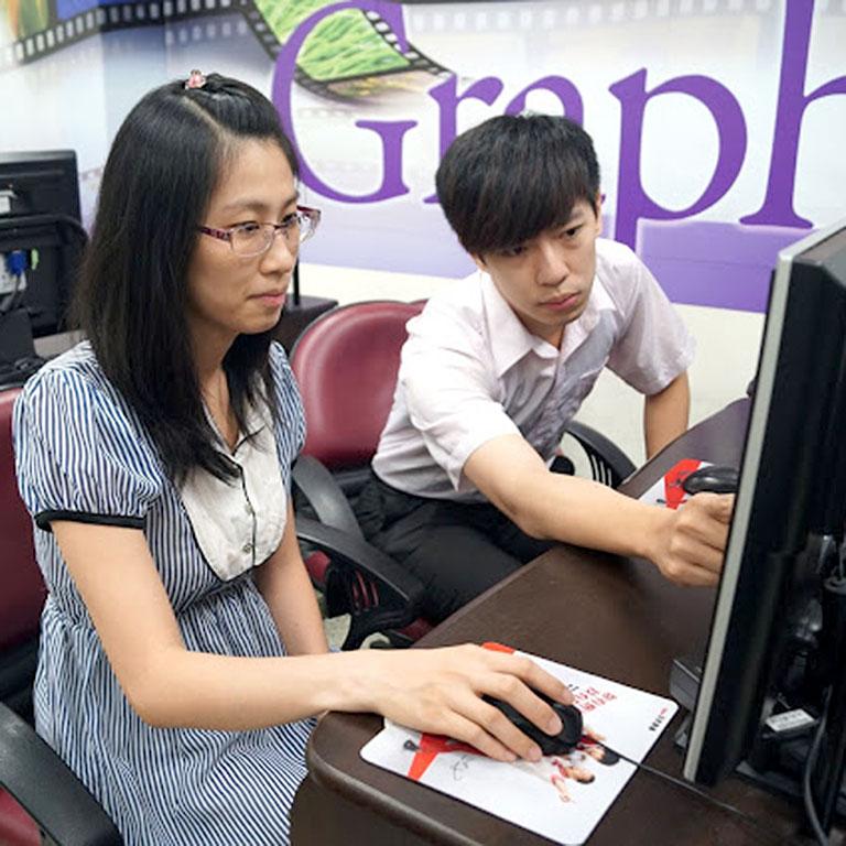 巨匠電腦學員陳惠琴