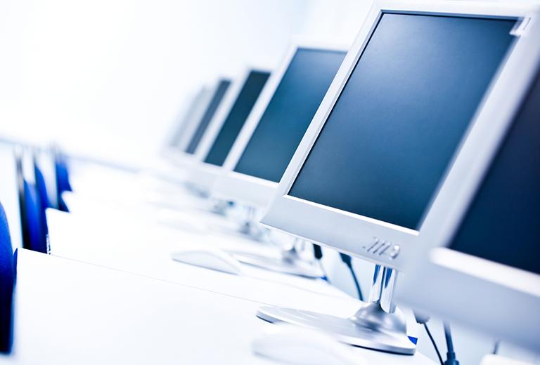 專業電腦設備